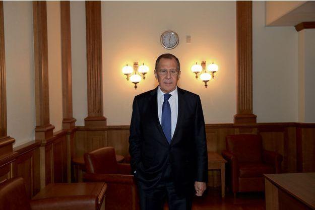 Dialogue spectaculaire entre Laurent Fabius et Sergueï Lavrov à propos de Daech !