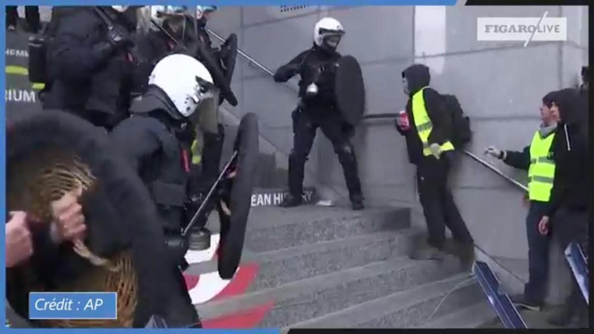 #GiletsJaunes : des manifestants tentent d'entrer dans le Parlement européen à Bruxelles !