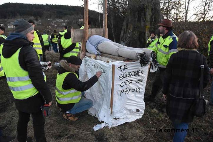 #GiletsJaunes : «Te guillotiner c'est notre projet » !