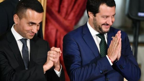 Italie : le gouvernement populiste exprime son soutien aux « #GiletsJaunes »