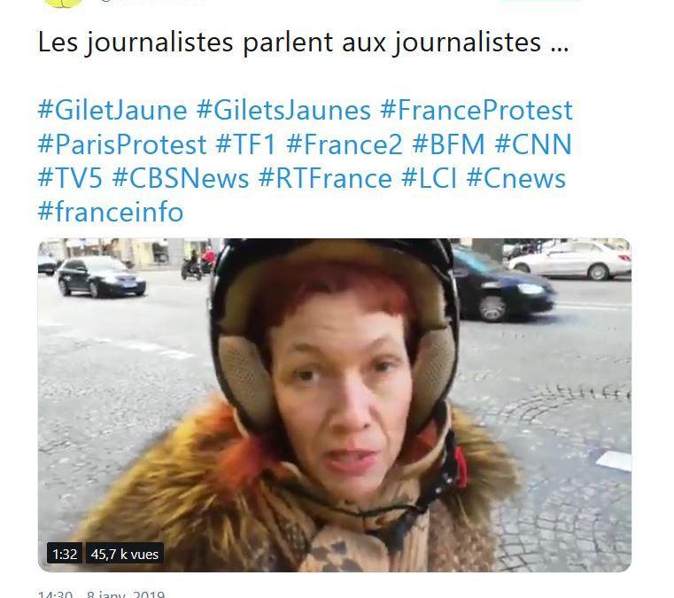 Une journaliste parle aux journalistes …