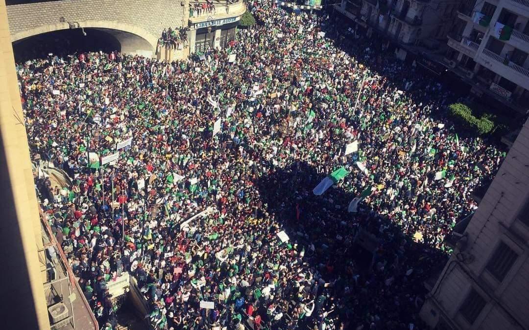 Algérie : résumé de la journée historique du 15 mars 2019