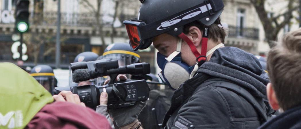 Gaspard Glanz, le journaliste «à tuer direct» selon un page Facebook de soutien aux FDO !