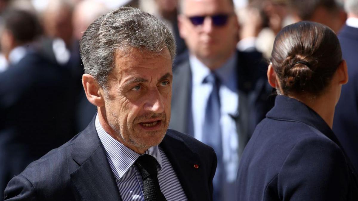 Sarkozy visé par une enquête pour l'utilisation fréquente de billets de 500 euros