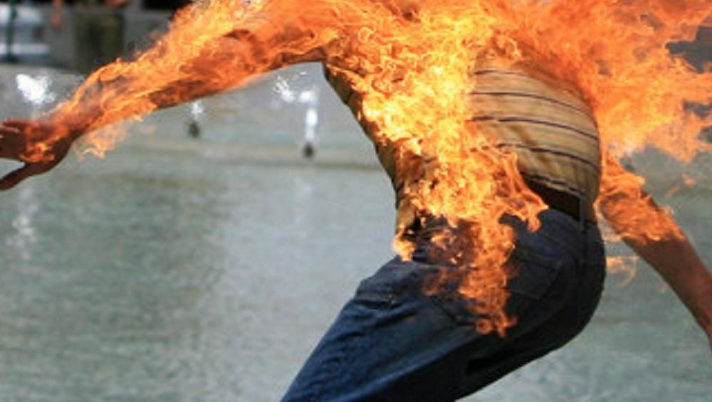 Un étudiant s'est immolé par le feu à Lyon, des rassemblements prévus mardi