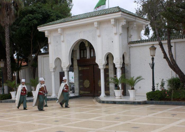 ما هو النموذج الديمقراطي للجزائر؟ د. سليم لعيبي