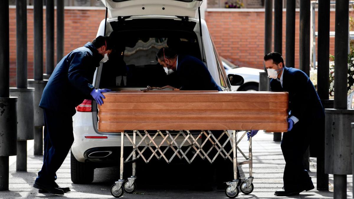 Covid-19 : cercueils vides et hôpital vide au Brésil !