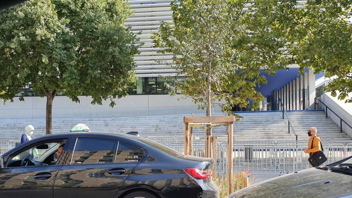 Covid-19 : où en est-on à Marseille ? Plus personne ne se fait tester à l'IHU !