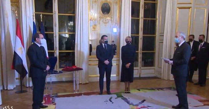 Macron remet la Grand-Croix de la Légion d'honneur au dictateur égyptien al-Sissi