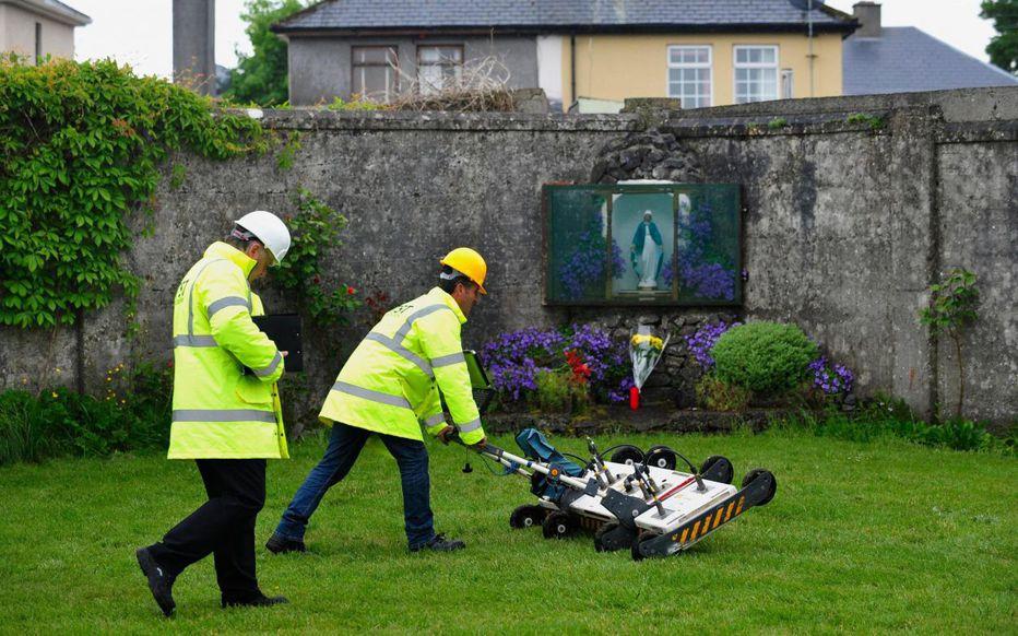 Irlande : 9.000 enfants morts dans des anciennes maisons pour mères célibataires !