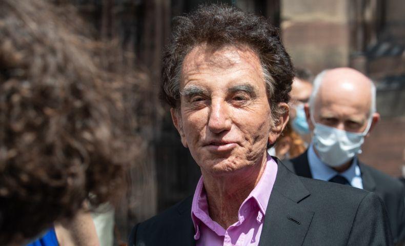 Jack Lang justifie un don du pédocriminel Jeffrey Epstein à une association gérée par ses proches : « Pour financer un film » !