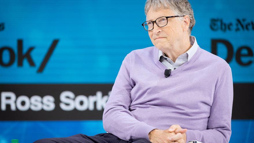 Vacccin : une troisième dose nécessaire pour combattre les variants, selon Bill Gates
