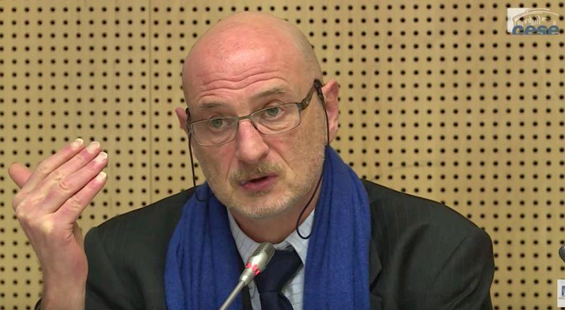 « Moi, le passeport vaccinal, je ne comprends pas », William Dab, ancien DG de la Santé