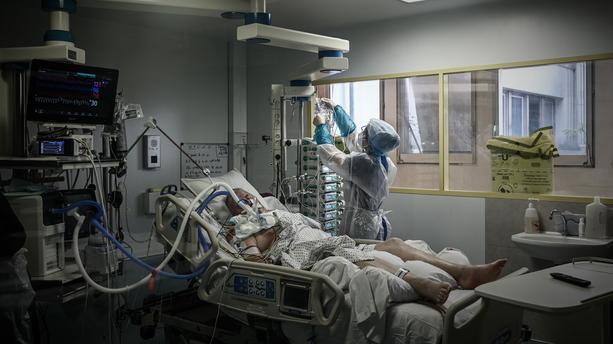 Témoignage : des médecins peu scrupuleux attribuent au Covid-19 un décès dû manifestement à une autre cause