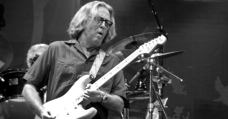 Eric Clapton : parler de la « douleur et de l'agonie » causées par le vaccin AstraZeneca a conduit à l'aliénation et à des amitiés brisées !