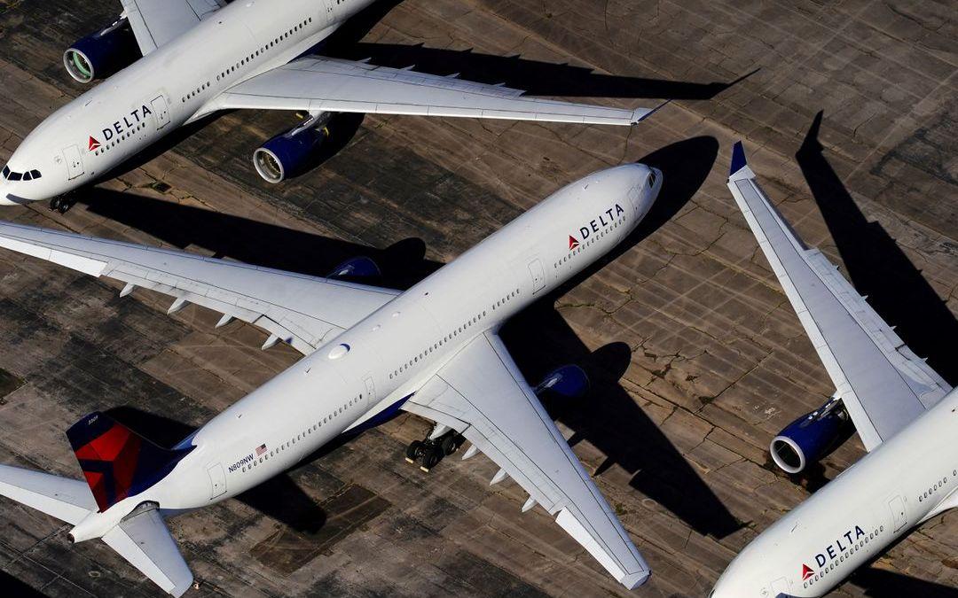 Après 4 pilotes décédés, United Airlines et le syndicat de ses pilotes s'opposent à la vaccination obligatoire des pilotes !