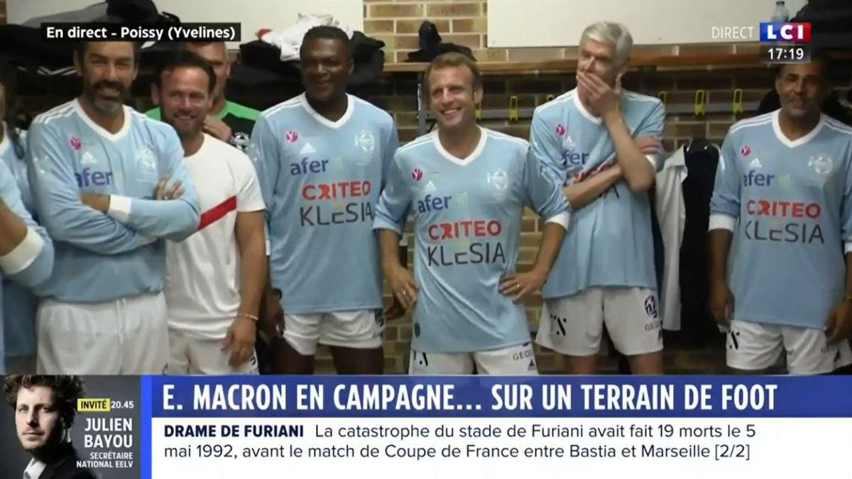Spectacle pathétique de Macron jouant au foot pour jeter des pièces jaunes à l'hôpital public !