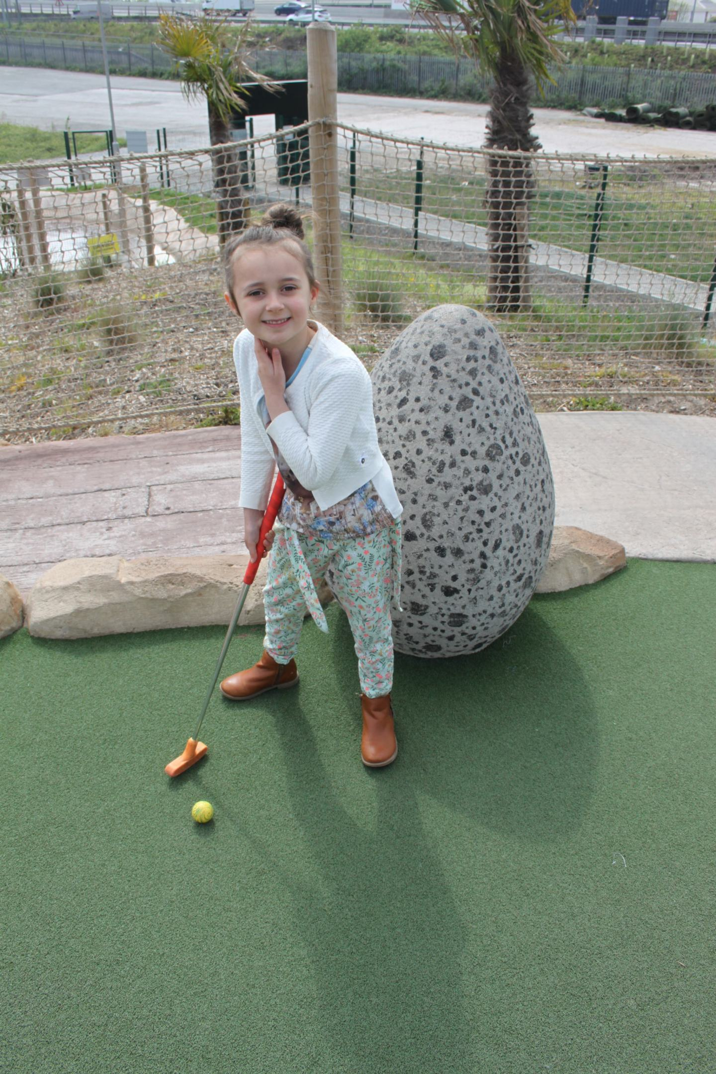 Aurelia and the Crazy Golf course