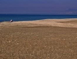 I juni månad kan man njuta av stranden helt själv