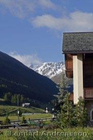 Vy över Alptopparna från Livigno