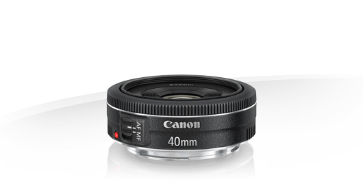 "Canons 40 mm f/2,8 STM ""pannkaksobjektiv""."
