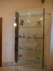 Casino De Rossi: vetrinetta con reperti archeologici