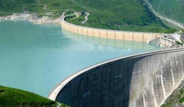 Les barrages seraient à 68% de remplissage, selon les autorités.