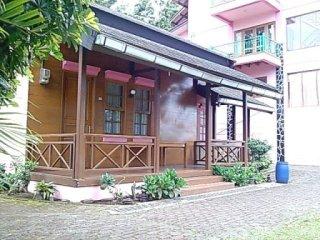 Villa Kolam renang di lembang