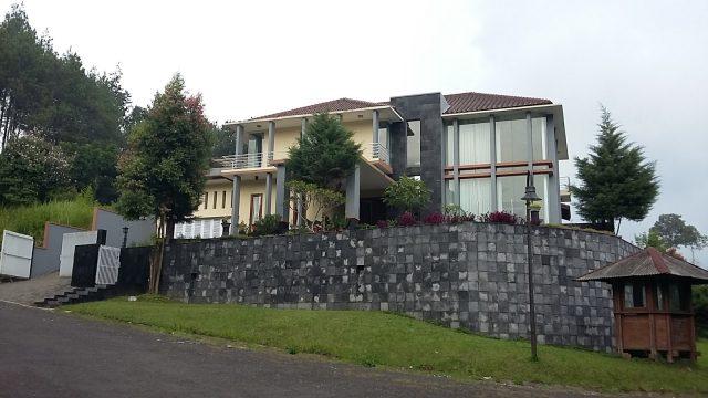 Info sewa Villa di lembang