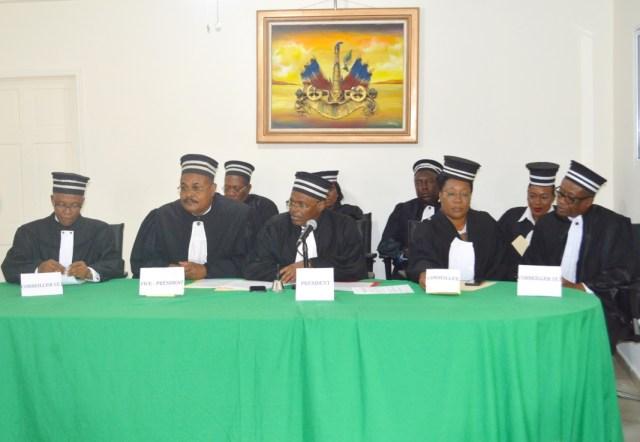 La mise à l'épreuve de la justice administrative haïtienne dans les affaires des juges révoqués et du CEP