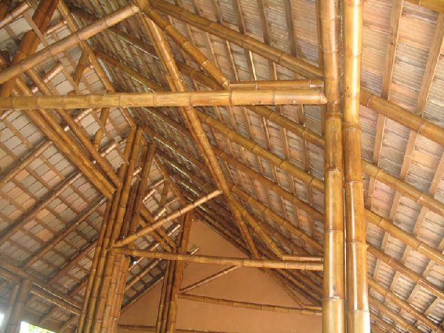 bangunan bambu