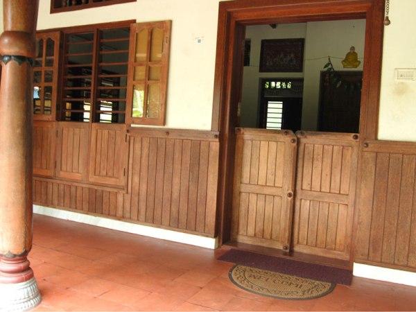 elemen eksterior kayu kelapa