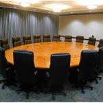 meja rapat bundar