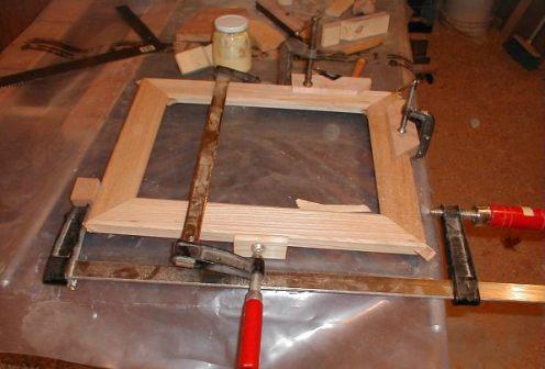 membuat-bingkai-kayu