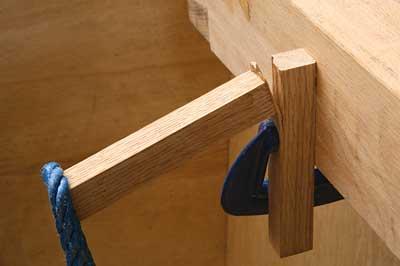 pengujian kekuatan lem kayu
