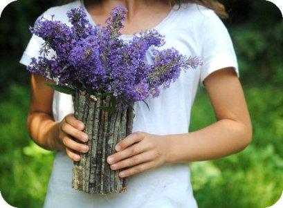 kerajinan vas bunga kayu
