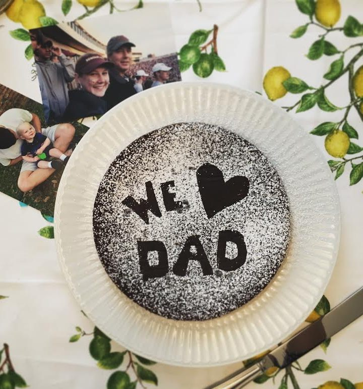 Easy Flourless Chocolate Cake for Father's Day