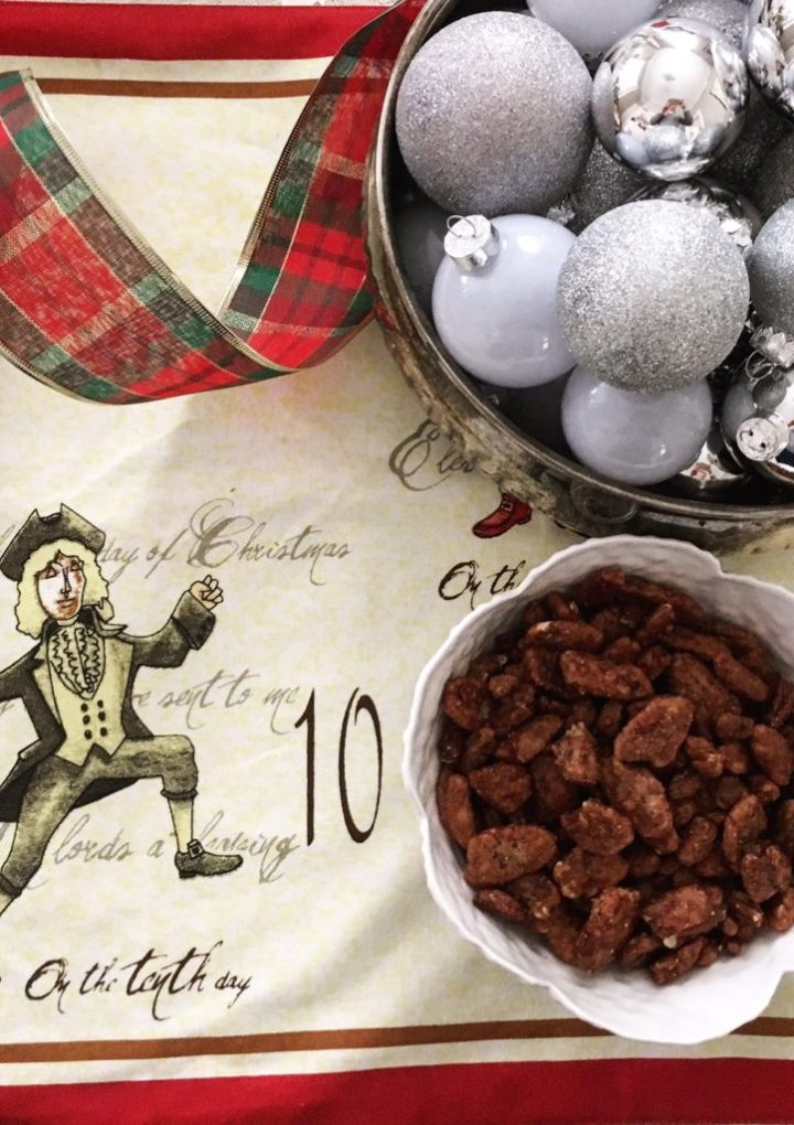 10th Day of Christmas: Spiced Pecans