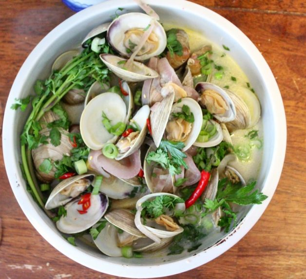 Thai Steamed Clams