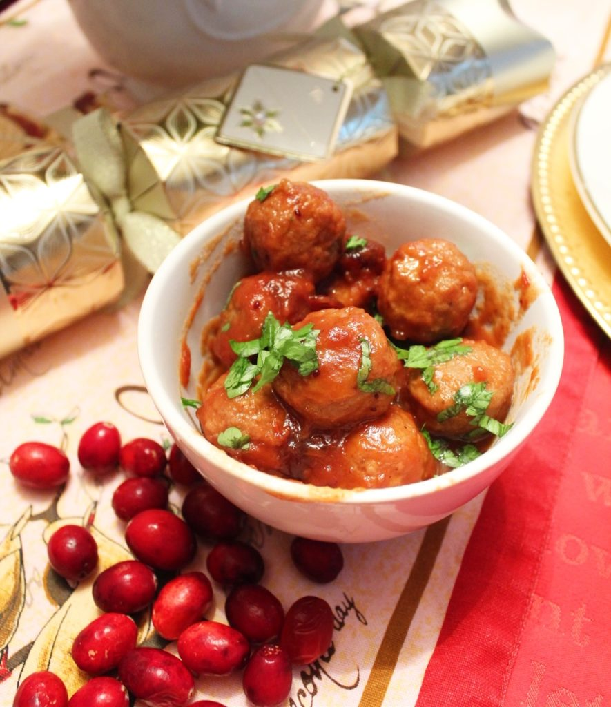 Bowl of cranberry meatballs