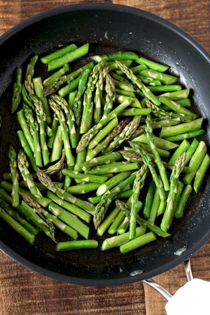 Asparagus in a saute pan