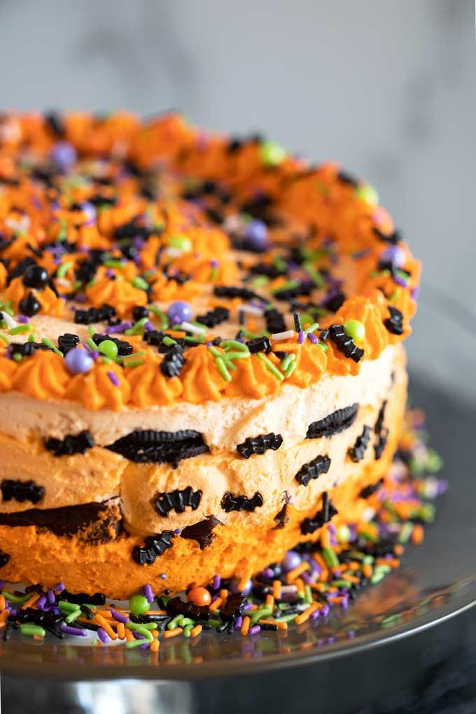 Close up of layered Halloween icebox cake with oreos