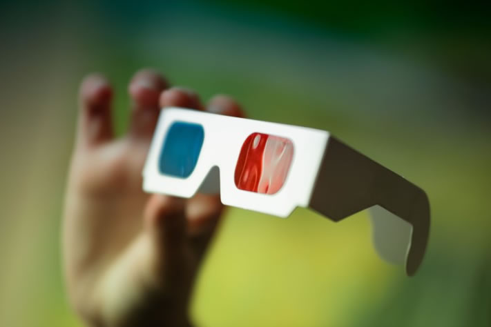 Como fazer óculos 3D de papel