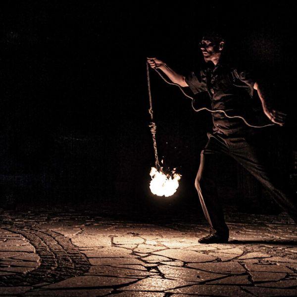 Le Monde de Félix Spectacle de magie animation feu luminière ballon Lyon Rhone-Alpes France (27)