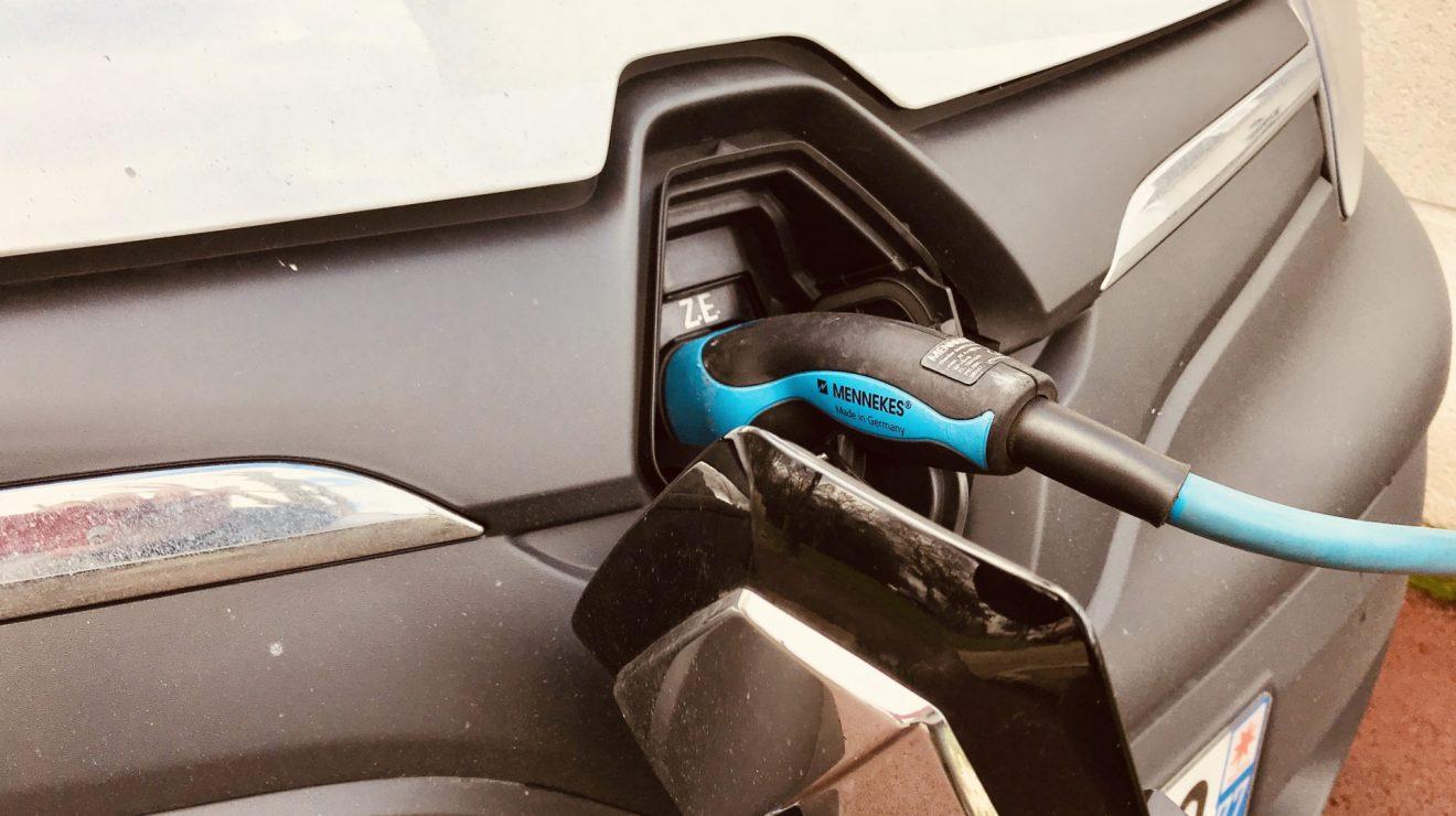 La mobilité électrique entre en France en phase industrielle