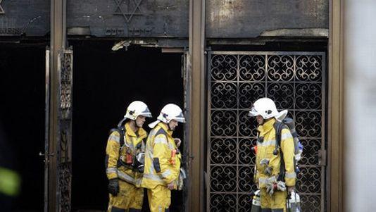 En 2010, un important incendie d'origine criminelle avait détruit la synagogue de Malagnou à Genève.