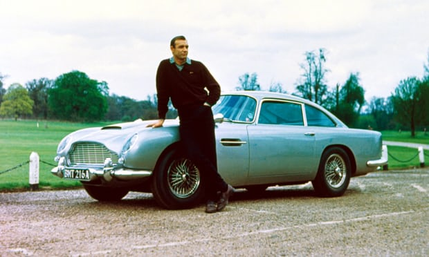 Goldfinger (1964) - Sean Connery et Aston Martin DB5