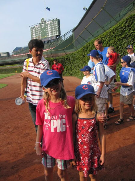 Emmy's first Cubs game
