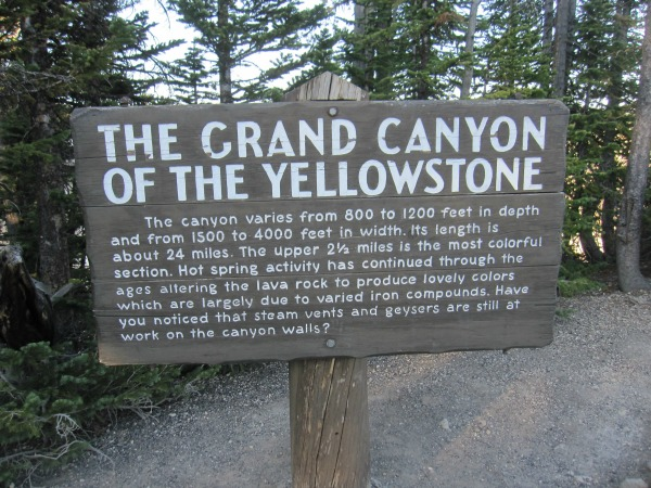 sign-grand-canyon-yellowstone