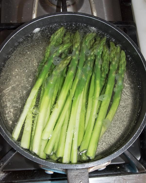 Asparagus with Orange Mayonnaise Dressing Recipe